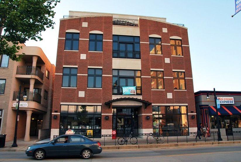 UIUC校外公寓实地看房报告|512 E. Green St公寓